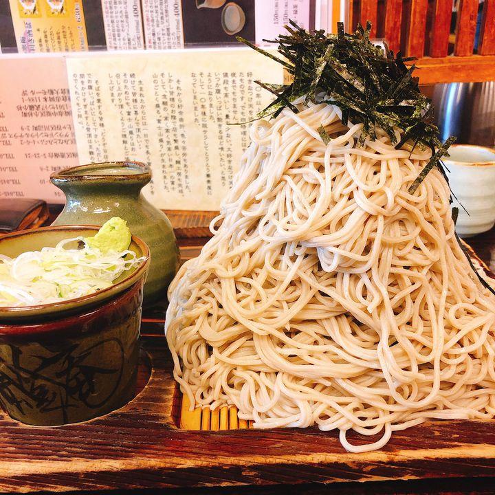 【そのボリュームに驚愕!】地元民を唸らせる横浜市のデカ盛りグルメBEST5