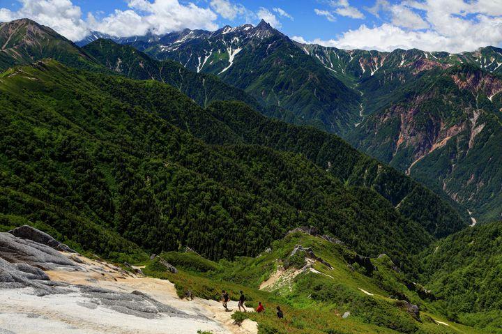自然を堪能!石川の登山スポットランキングTOP15!