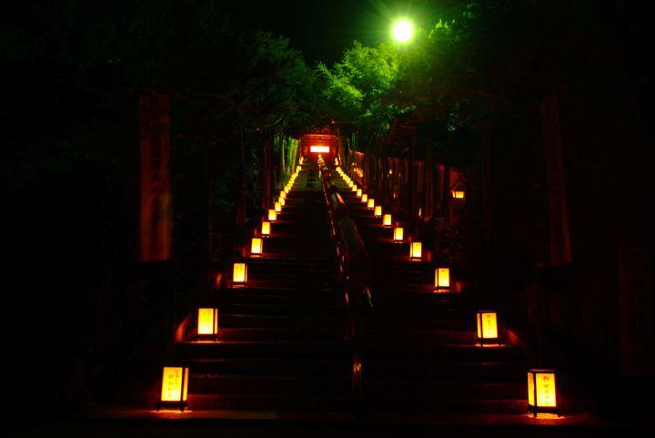 【終了】ローソクの灯りに平和をこめて。「宮島ローソク祭り 萬燈会」が広島県で開催