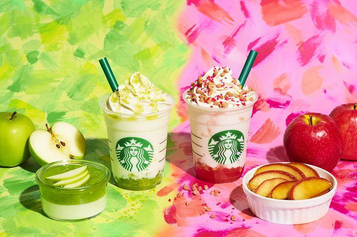 あなたはどっちの色が好き?スタバから「りんごを使ったカラフルなフラペチーノ」が登場