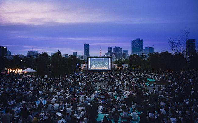 【終了】秋の夜長に行きたい野外シネマイベント。「品川オープンシアター」開催