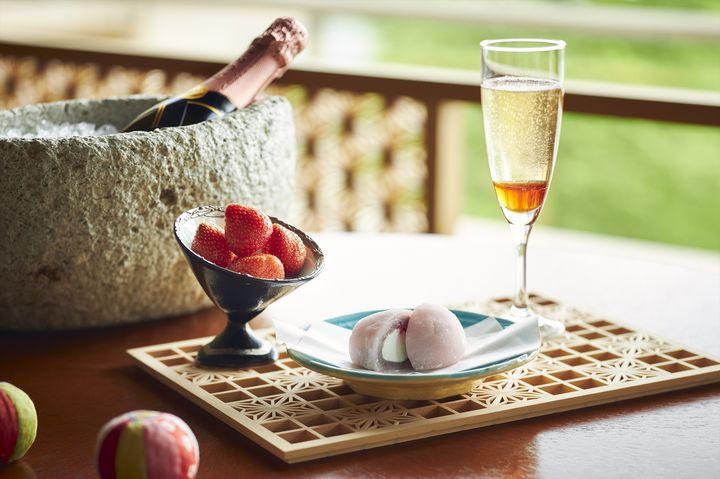 温泉旅館でいちごを存分に味わう。星のリゾートに「いちご滞在」登場