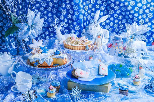 【終了】雪と氷に包まれたアリスのスイーツビュッフェ。「古城の国のアリス」で「Blue snow collection」開催