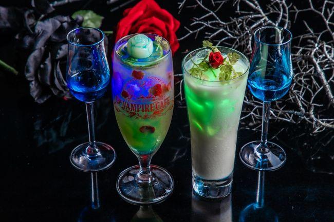 【開催中】まるで異世界なクリスマスに。銀座・ヴァンパイアカフェで期間限定コラボメニュー登場