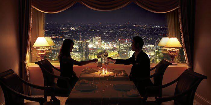 ロマンチックな夜を彩る。みなとみらいのクリスマスディナーコースまとめ