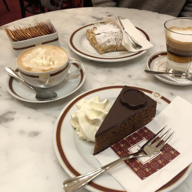 """カフェ文化が文化遺産な街""""ウィーン""""で、ここに行かずには帰れないカフェをご紹介"""