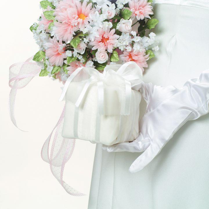 同僚の結婚祝いにはこれがおすすめ!価格帯別プレゼントLIST