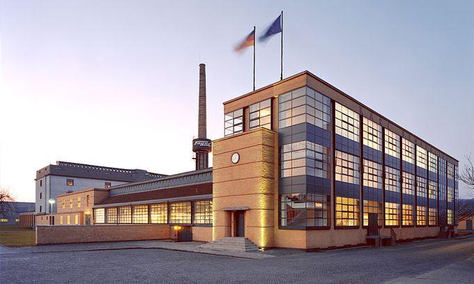 ドイツの世界遺産ランキング第20位は「アルフェルトのファグス工場」。現在でも靴型工場として稼働しています。
