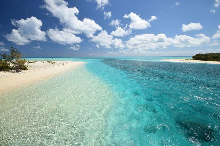 死ぬまでに行きたい!天国に一番近い島「ウベア島」は非日常を味わえる島
