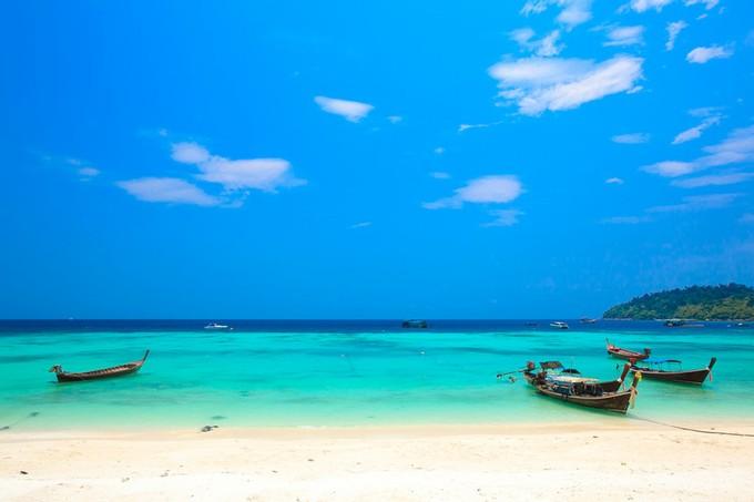 真っ白い砂浜と青い空と海が素敵過ぎる~!!