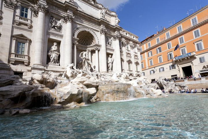 ローマは歴史的にも重要な場所。たくさんの心に残る建造物、アートを楽しむことができます。映画の舞台になることも多いので、映画好きカップルにおすすめです。