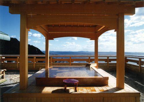 絶景を一望できるホテルやランプの宿も!一度は泊まってみたい日本の宿15選