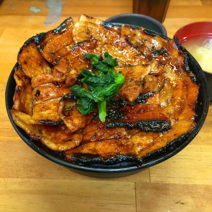 咲き乱れる幾重の豚肉!絶品『豚丼』が食べられる東京都近郊のお店5選