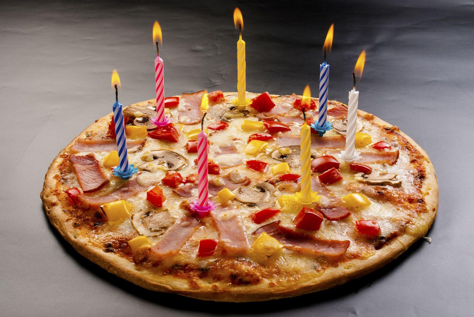 少し変わったサプライズを!絶対喜ばれるユニークな「誕生日ケーキ」5選 Retrip リトリップ