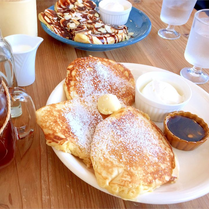うどんだけじゃない!オシャレなカフェで食べる香川の絶品パンケーキ15選