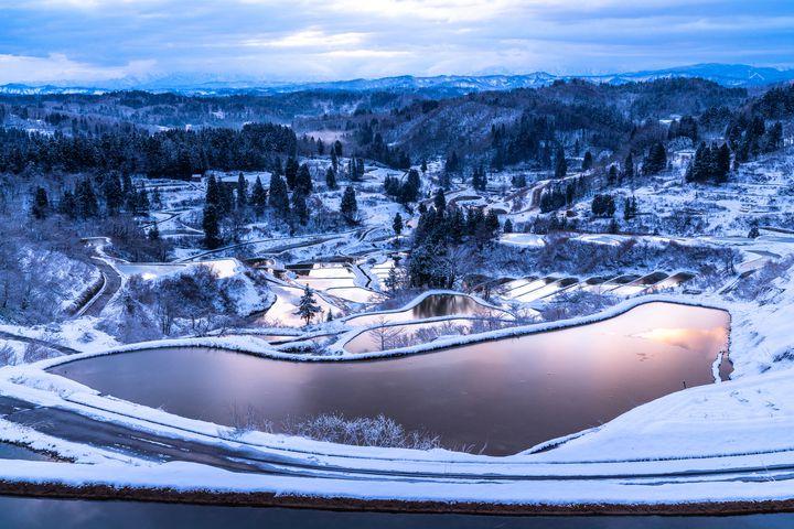 冬しか見られない貴重な絶景!北陸・中部地方で見るべき至極の観光地10選