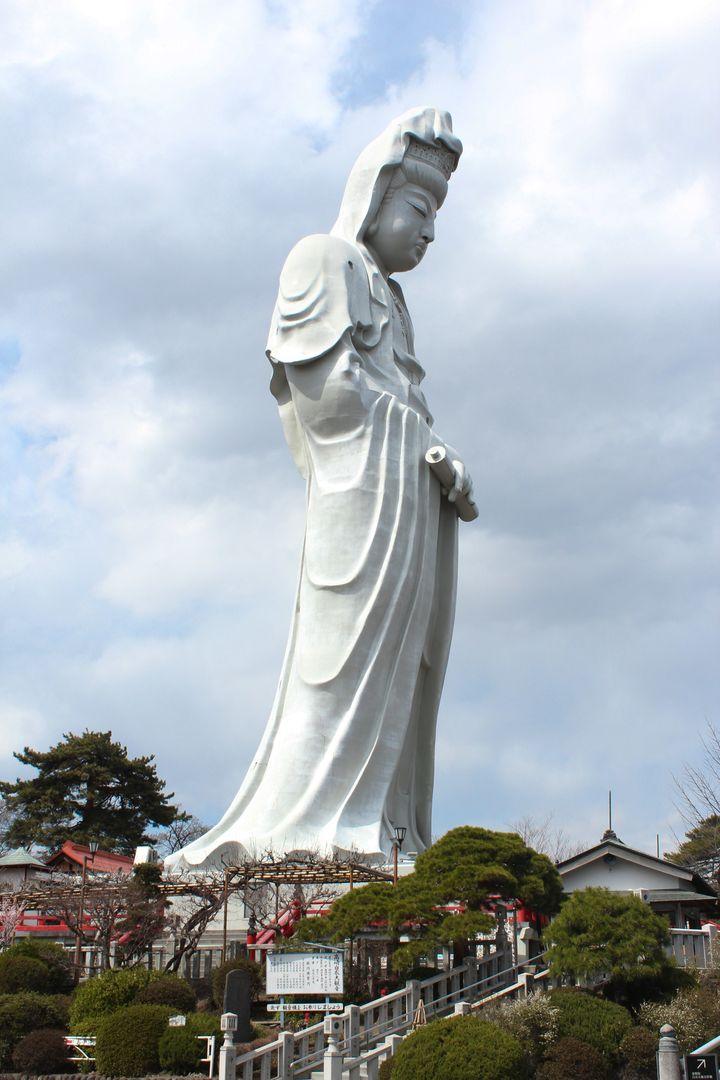 まさか日本に!「デカすぎる」世界の巨像ランキング第2位はなんと茨城県にあった
