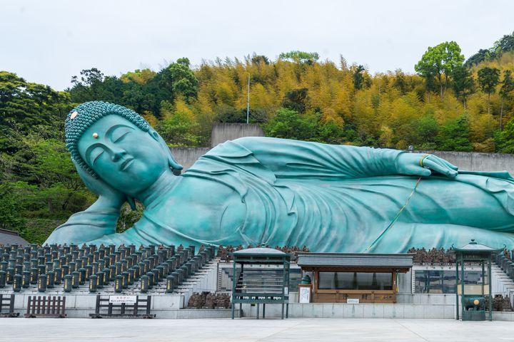 """新たな旅の楽しみ方!福岡で有名な""""特色あるお寺""""おすすめ7選"""