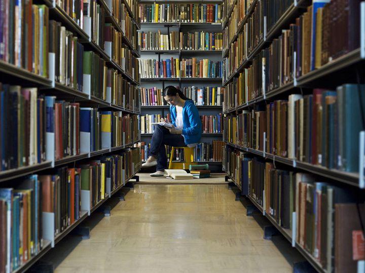 読書女子に捧ぐ!東京都内にあるおすすめ図書館ランキングTOP15