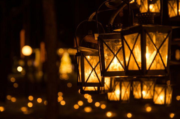 まるでラプンツェルの世界!2000個のキャンドルが美しい「軽井沢冬のキャンドルナイト」