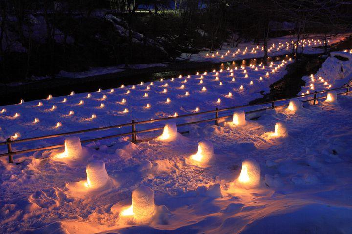 【開催中】【今年度開催中止】無数のかまくらが作る冬景色。日光「湯西川温泉 かまくら祭り」開催決定