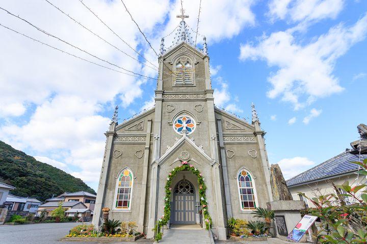 教会の中に畳?漁港にある世界遺産候補「崎津天主堂」の紹介