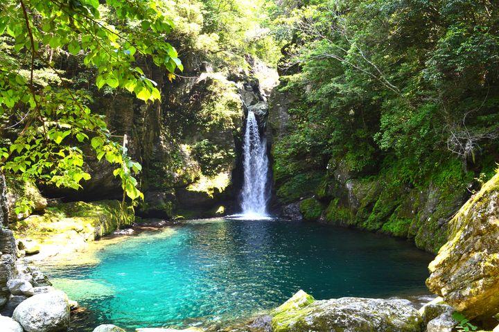 """仁淀ブルーに息をのむ!高知県にある「仁淀川」は日本一""""青く""""美しい"""