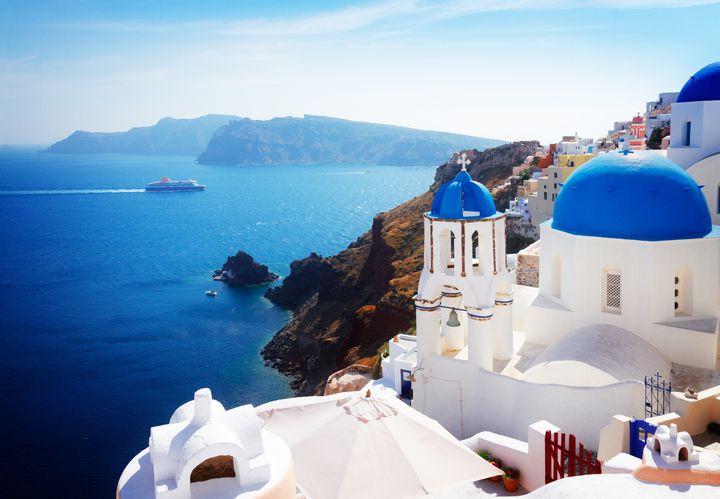 魅惑のエーゲ海の島々へ!宝石のように美しいギリシャの島10選