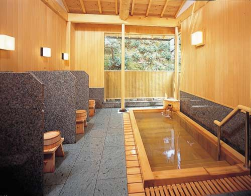 京都観光した後はこちらの温泉に浸かって行きたいですね。