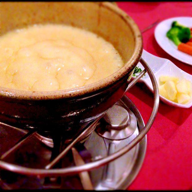 猫舌は閲覧注意?東京でジュワっと熱々絶品チーズが食べられるお店6選