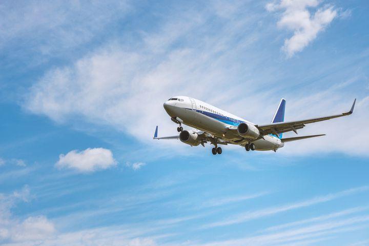 旅好きが教える!飛行機内に持ち込むべき''便利グッズ''20選