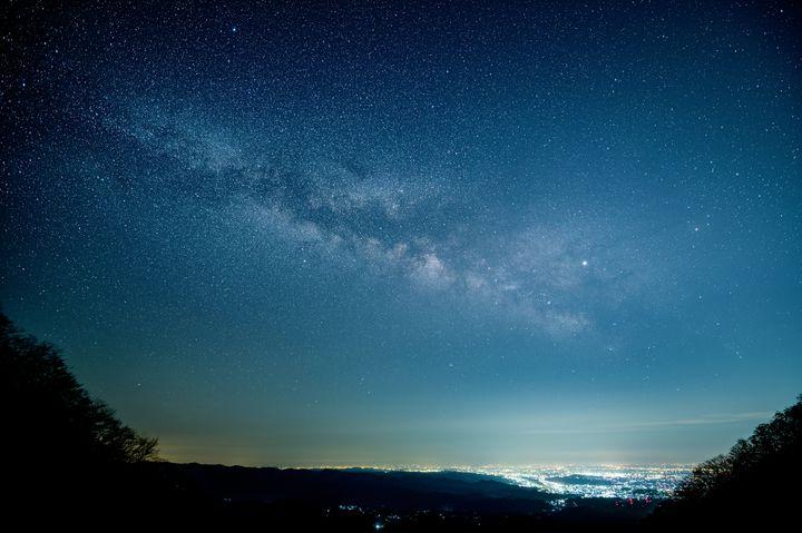 寒い冬こそ星空デートへ!都心から車で行ける満天の星空7選【関東】