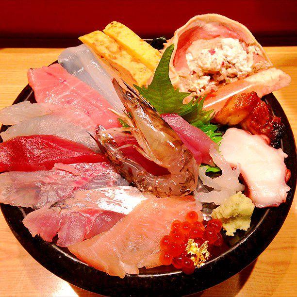 金沢観光前に腹ごしらえ!市民の台所「近江町市場」の人気朝食まとめ