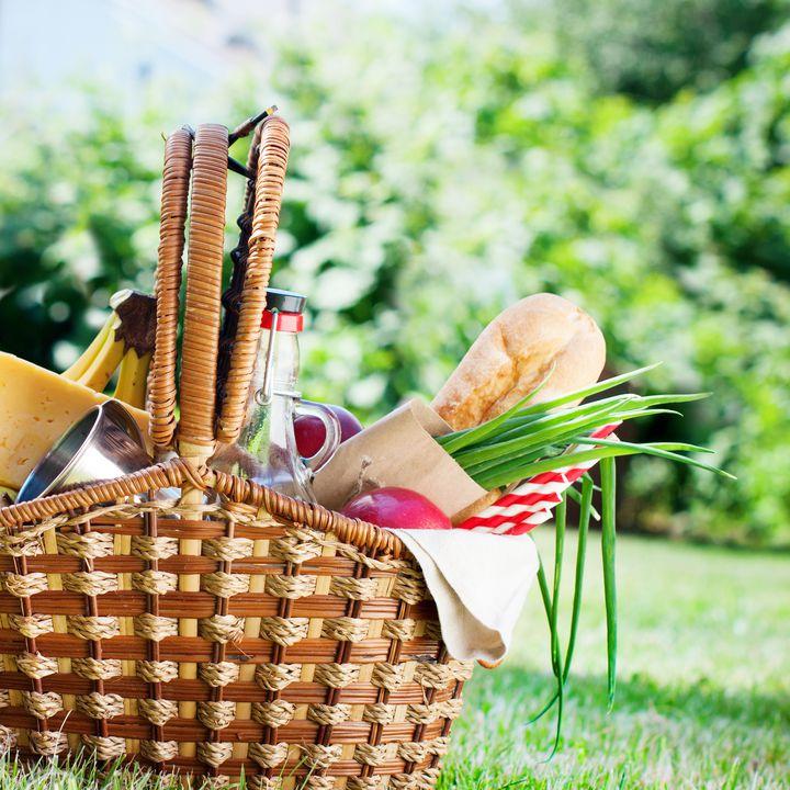 芝生でのんびり過ごさない?ピクニックで行きたい東京都内の公園8ヶ所