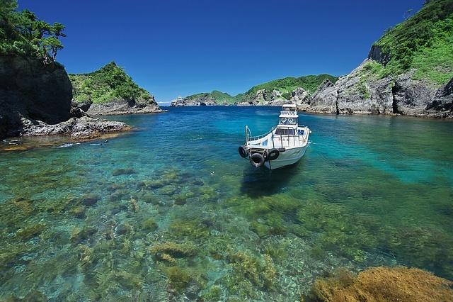 セブ島?いいえ伊豆です!屈指の透明度を誇る秘境「ヒリゾ浜」の海が超美しい