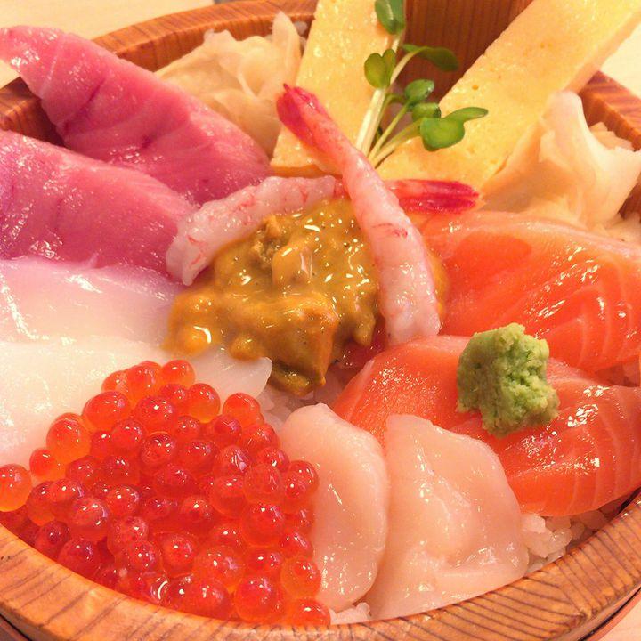 東京から2時間以内!極上の寿司が食べられる「那珂湊おさかな市場」へ行こう!