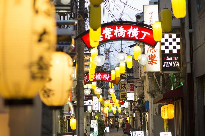 長崎の夜を彩る「思案橋横丁」にあったおすすめ飲み屋5選をご紹介