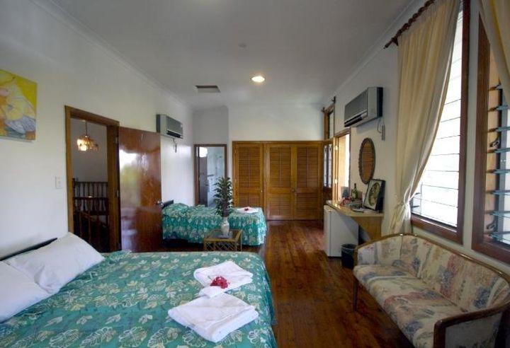 スタッフのサービスや食事の質が高いリピーターの多い4つ星ホテル