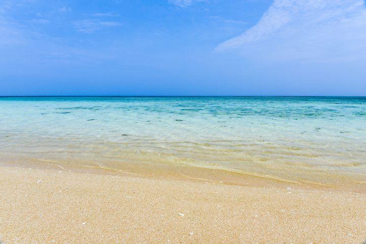 まだ海外のビーチに行ってるの?それより沖縄の「ニシ浜」が美しすぎると話題に!