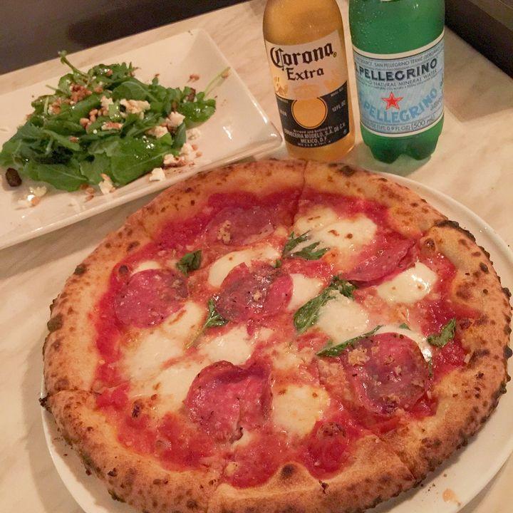 ピザ好き必見!オーダーメイドのピザを楽しめる「800 デグリーズ ナポリタン ピッツェリア」が日本初上陸!