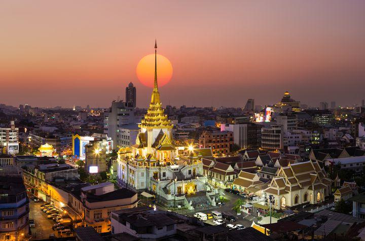 """まるでジブリの世界!タイに存在する秘境""""ブループール""""が幻想的すぎる"""