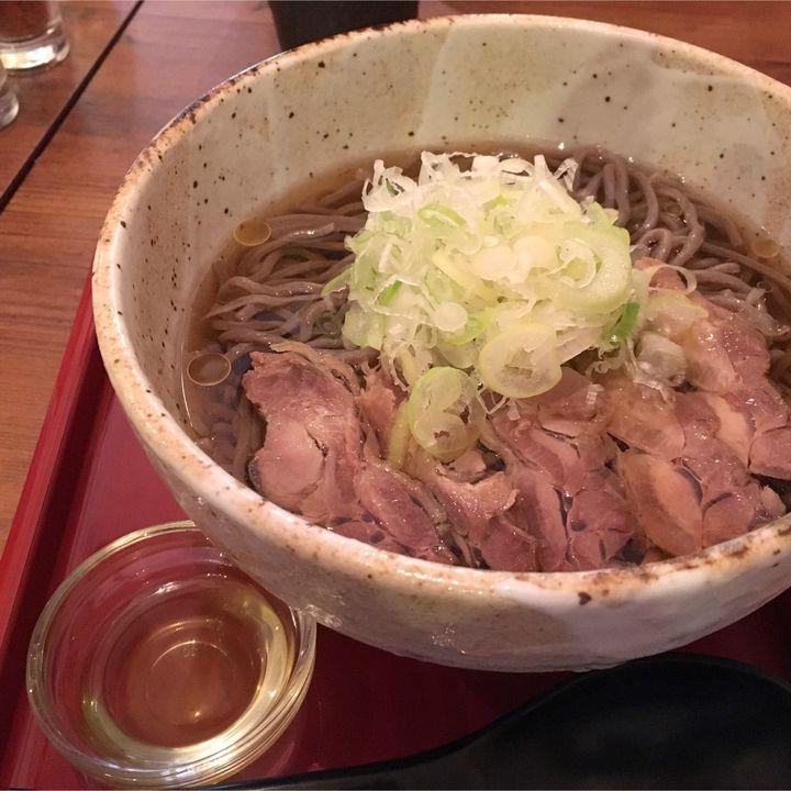 普通のそばには戻れない!究極の「肉そば」が食べられる東京都内の名店7選