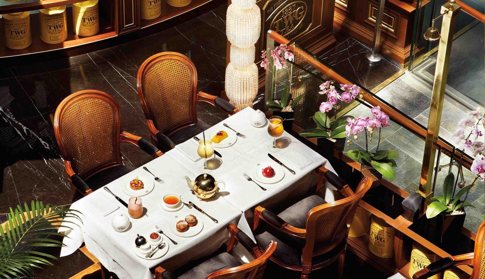 植民地時代の名残りとして、イギリス文化の香り漂うアフタヌーンティーが楽しめるのもシンガポールならでは。