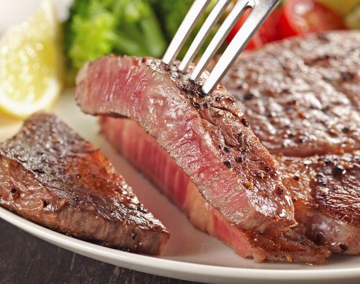 40分かけて焼いた究極の味わい!噂のステーキ店「カロフェゴ」に迫る