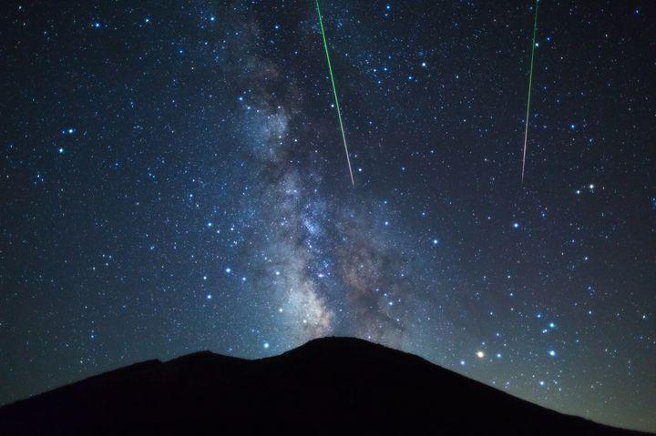"""星降る夜に願いを叶えませんか?2016年に見たい""""流星群""""5選"""