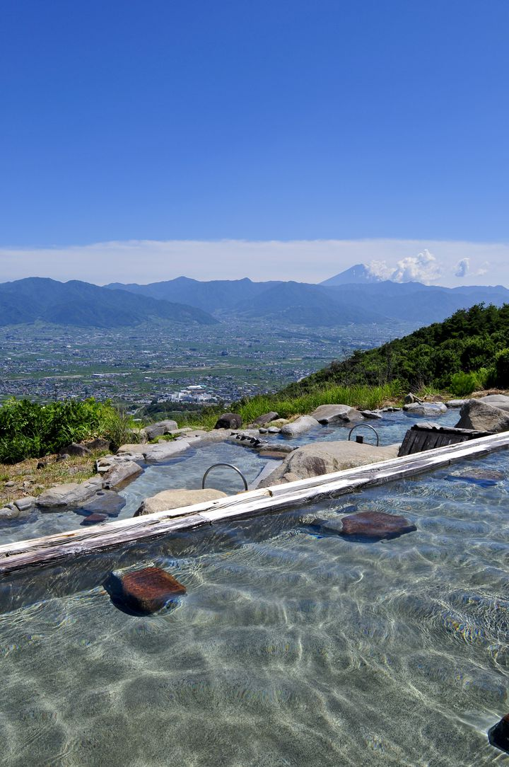 【絶景×温泉】死ぬまでに行きたい日本全国の「絶景露天風呂」12選