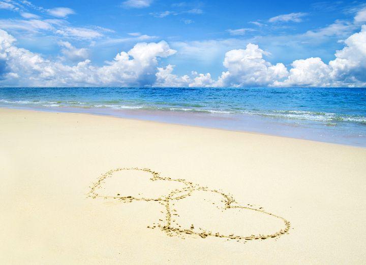 砂の白さでギネス認定!世界一白いビーチ「ハイアムズビーチ」が美しすぎると話題