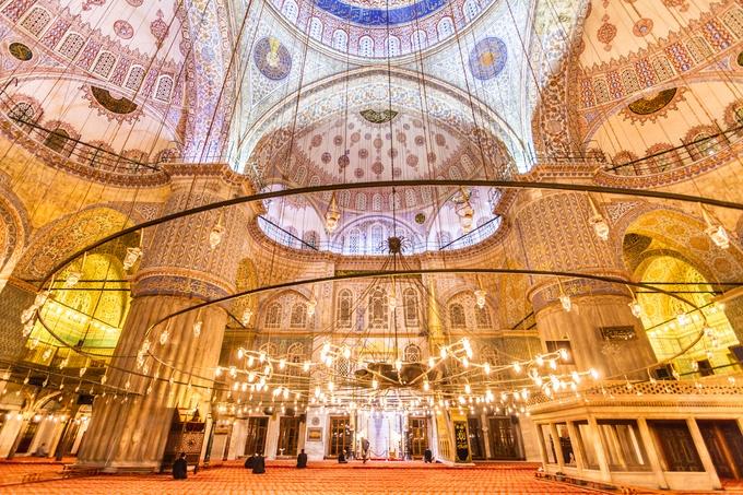 日本からはあのモスクが!一度は行くべき世界の美しすぎるモスク15選