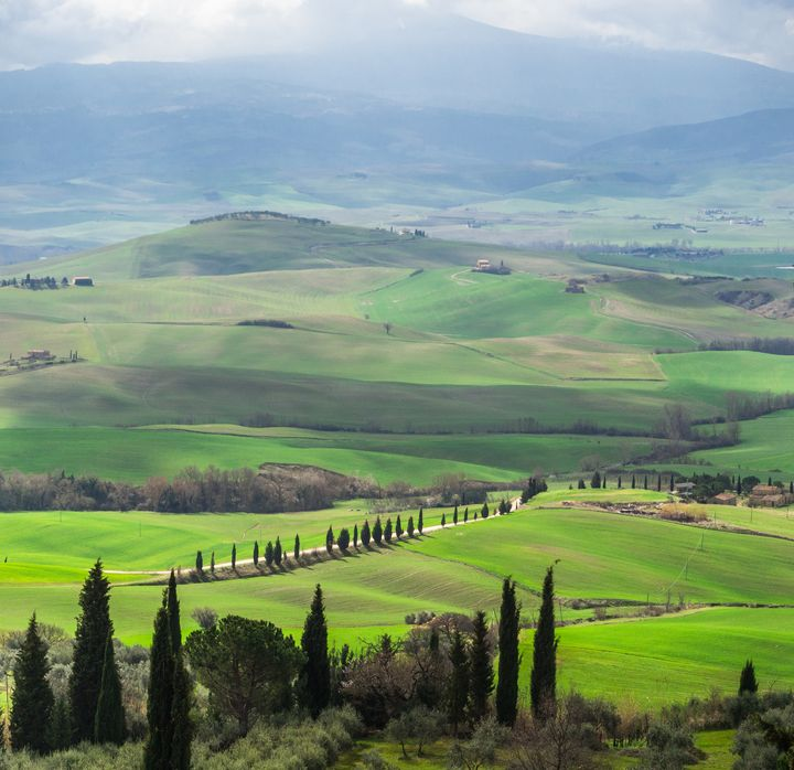 美しい景色を堪能!イタリアの世界遺産''オルチャ渓谷''とは