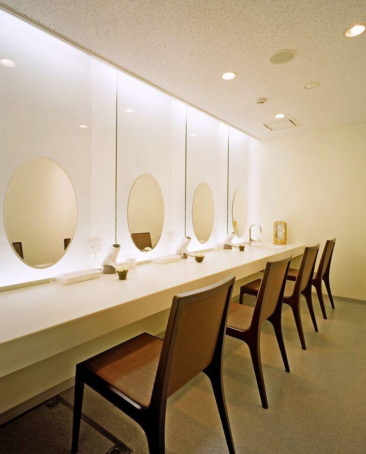女性は知っておくと超便利!東京都内の使える綺麗なパウダールーム8選